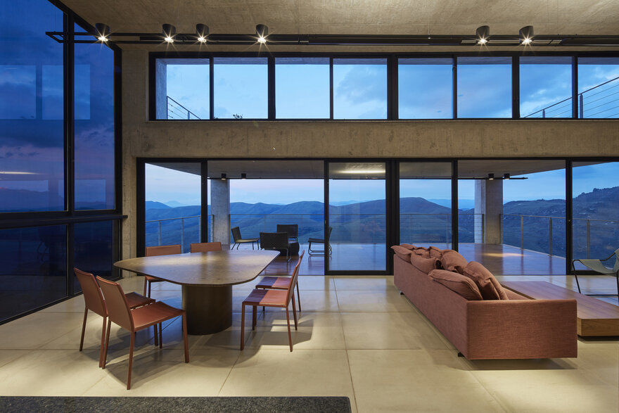 dining room / João Diniz Arquitetura