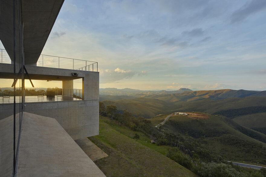 Casa Sonastério, Brazil / João Diniz Arquitetura