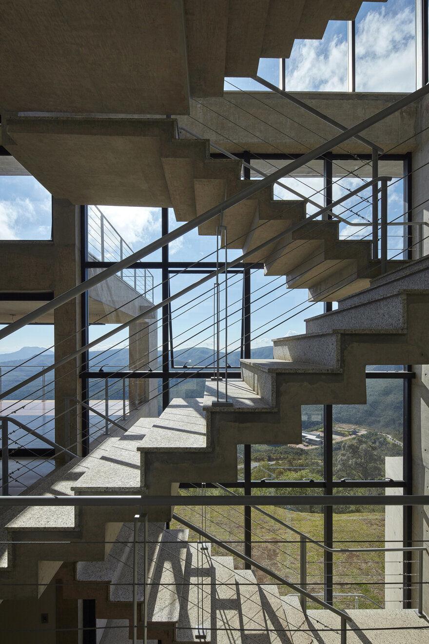 staircase / João Diniz Arquitetura