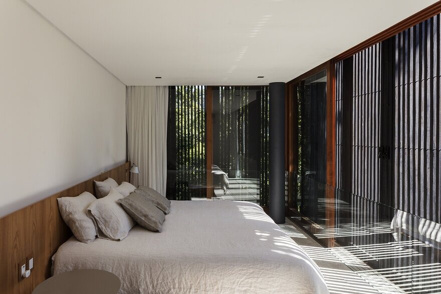 bedroom - Beach House on the Coast of São Paulo