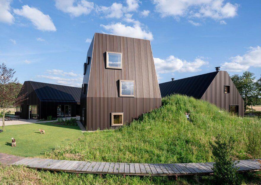 Farmhouse in the Dutch Countryside / Mecanoo Architecten