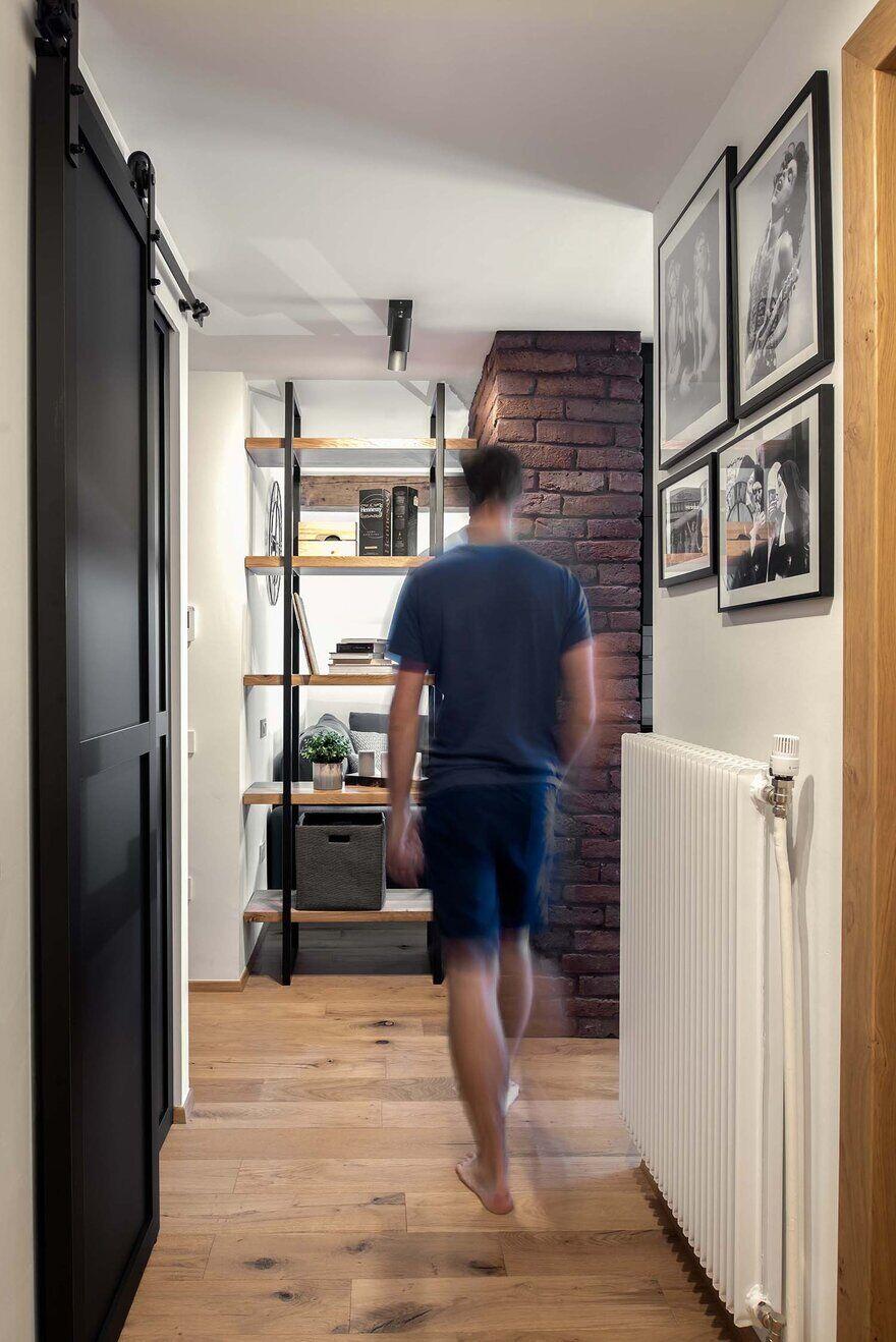 Apartment Under the Roof, Ljubljana / Idealists Studio
