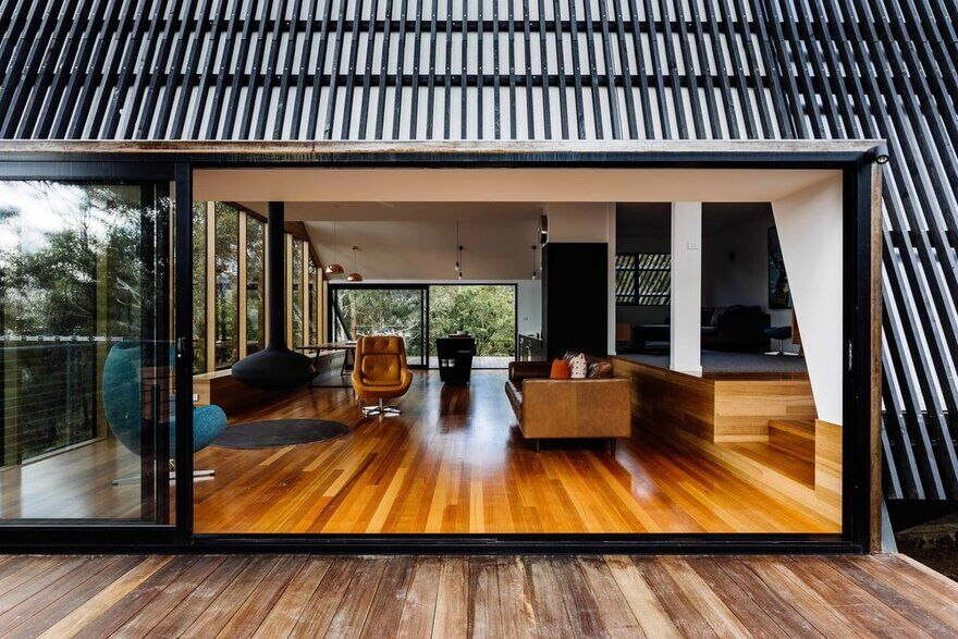 Apollo Bay House on Tasmania's Idyllic Bruny Island