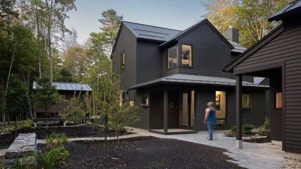 Bunganuc Woods House in Maine / Whitten Architects