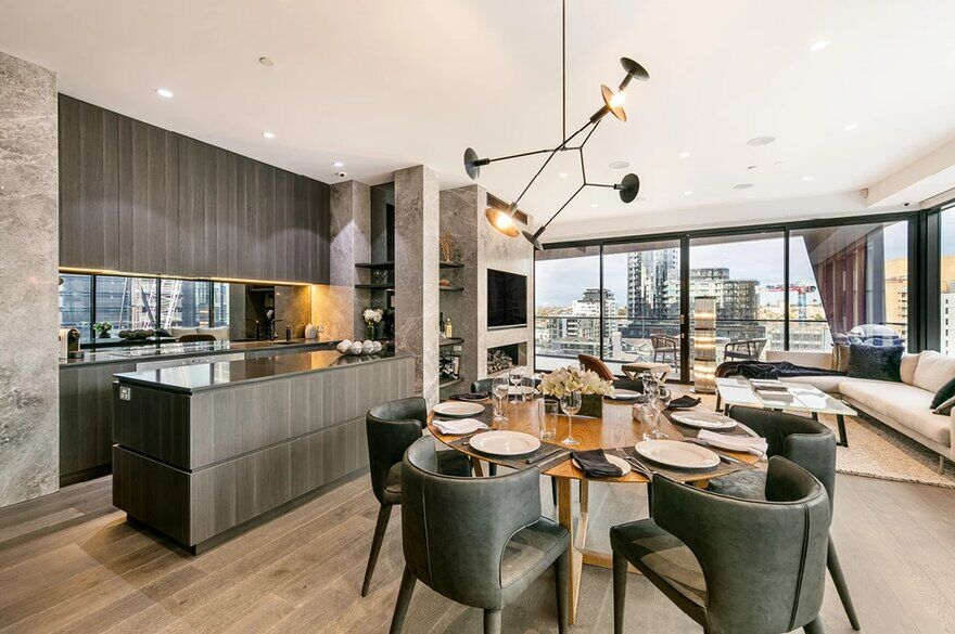 Claremont Street Penthouse by Finnis Architects