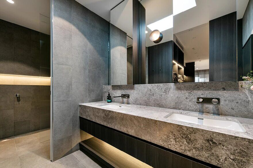 bathroom design by Finnis Architects