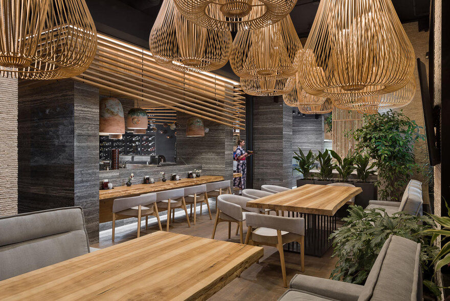Fujiwara Yoshi Restaurant / Sergey Makhno Architects
