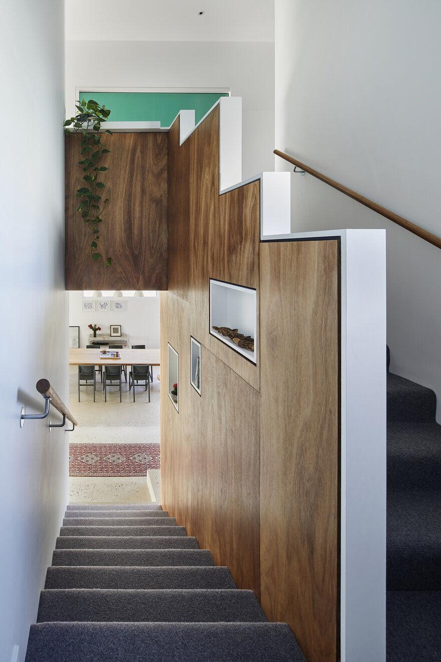 staircase / Poly Studio