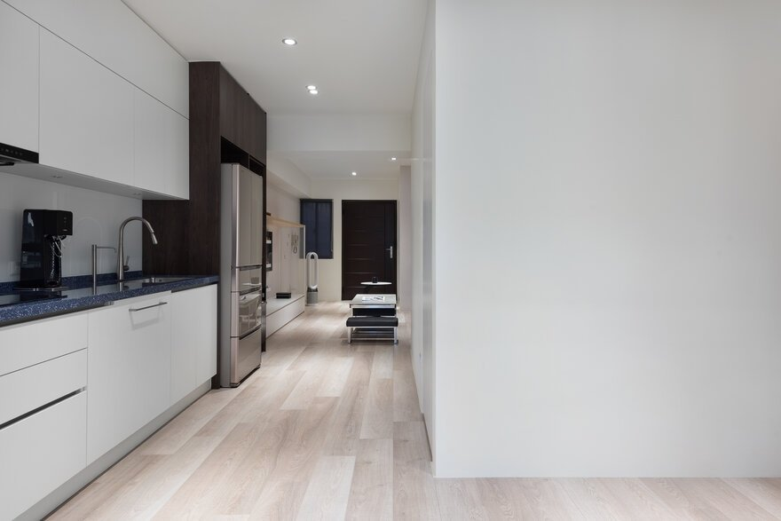 L-Shaped Apartment in Taipei / Fu Design