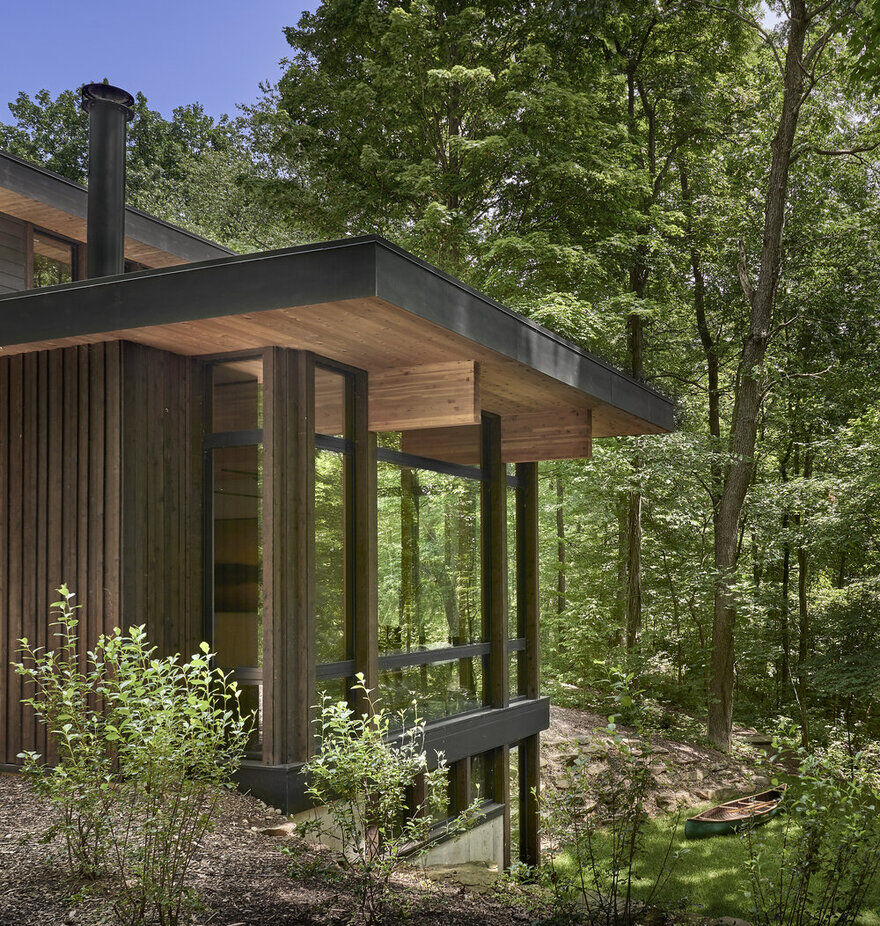 Lawless Retreat in Michigan by Searl Lamaster Howe Architects