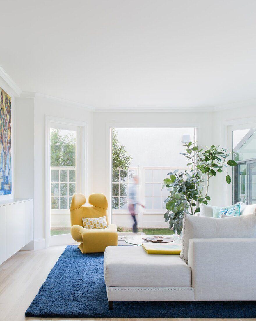 Sea Cliff Preppy Contemporary / Regan Baker Design