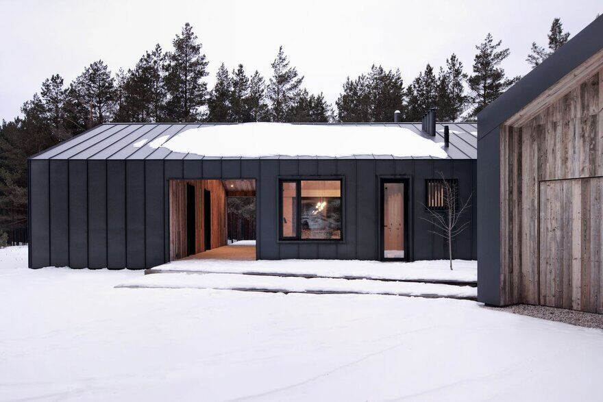 A Small Private House Near Riga / INT2 Architecture