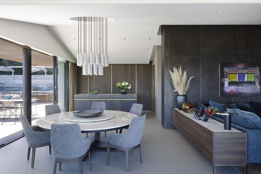 Villa Emma – Summer Retreat by Mario Mazzer Architects