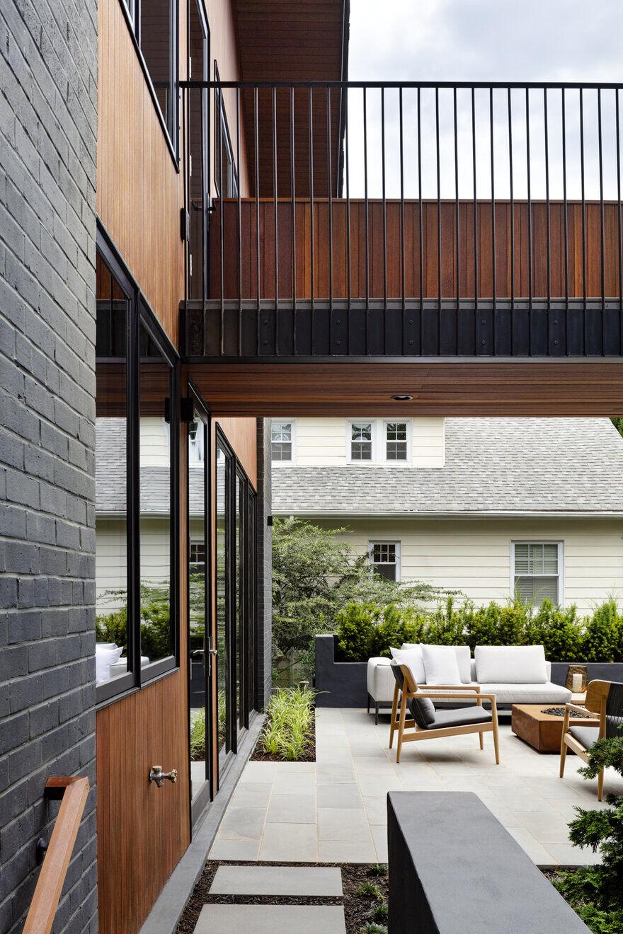 patio, Assembledge+