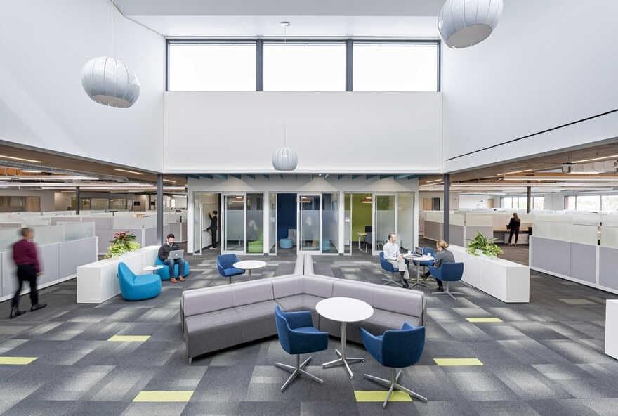 Xilinx Headquarters in San Jose, California / Noll & Tam Architects