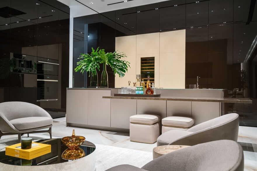Palm Island Modern Residence / Choeff Levy Fischman