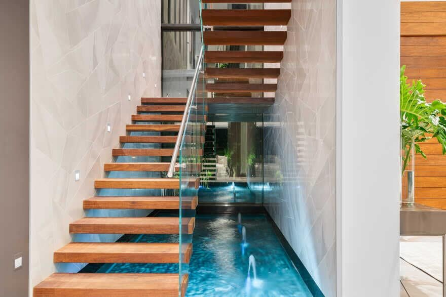 staircase / Choeff Levy Fischman