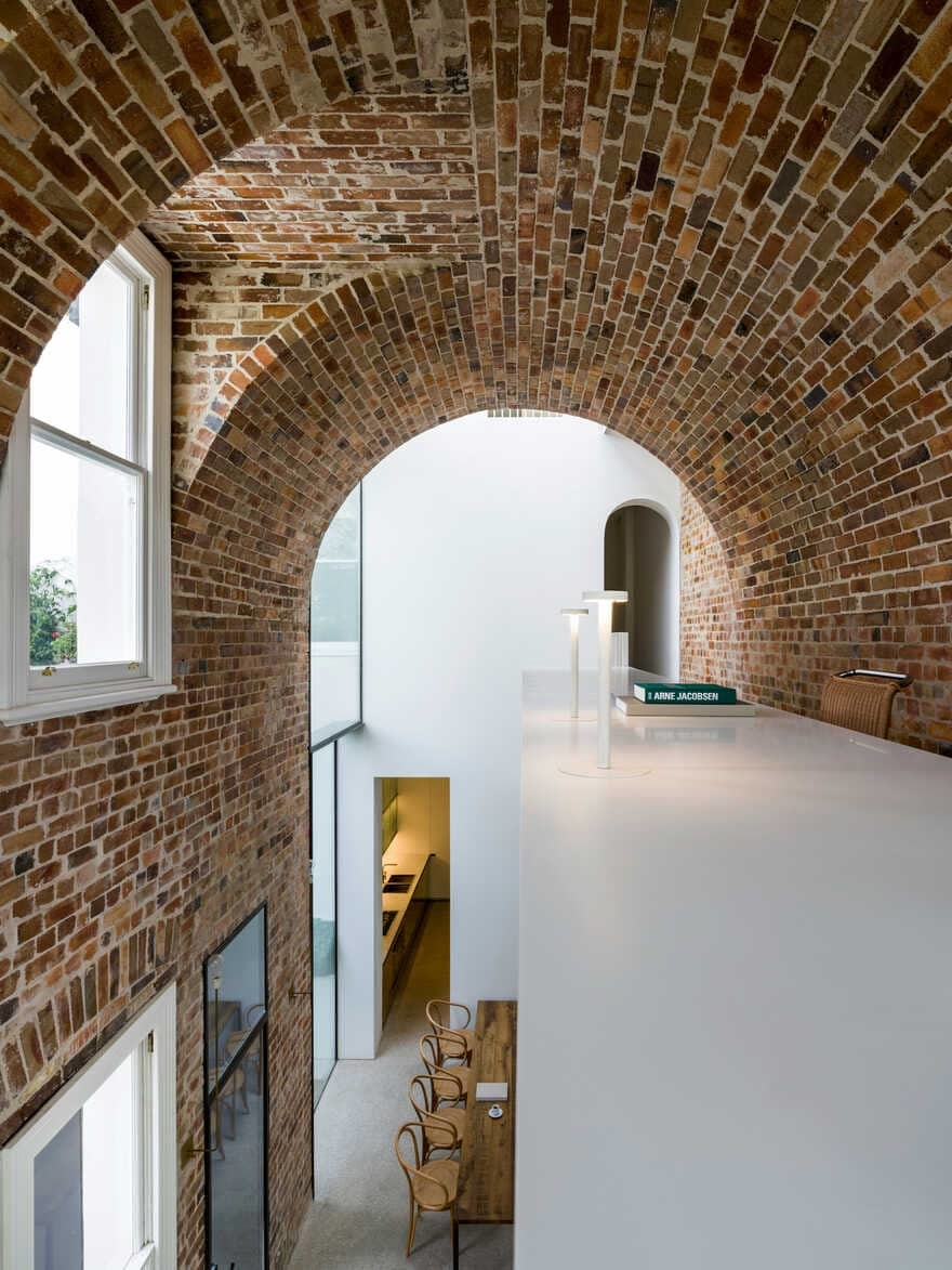 Italianate Style House / Renato D'Ettorre Architects
