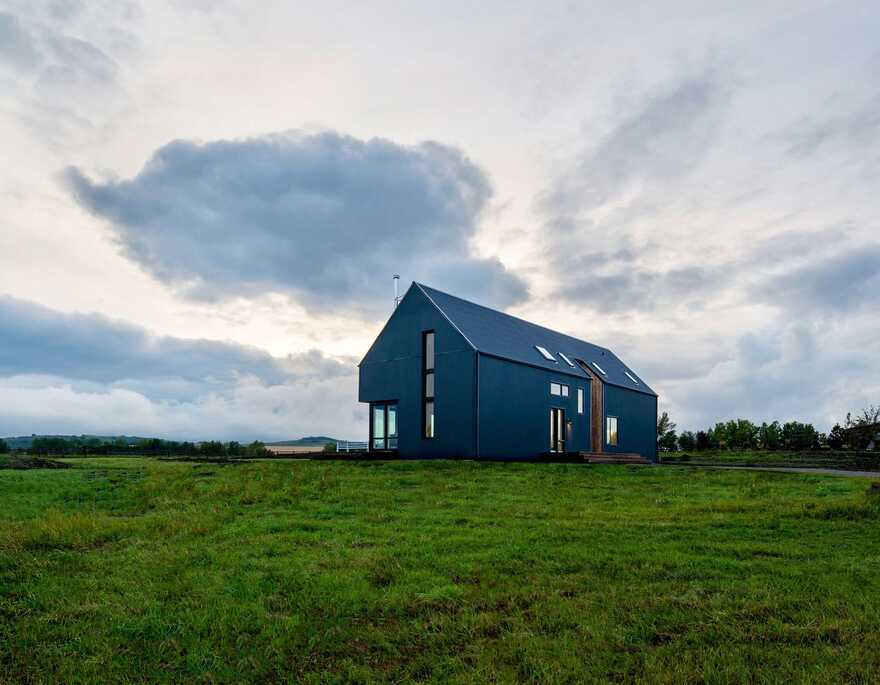 Alberta Modern Farmhouse
