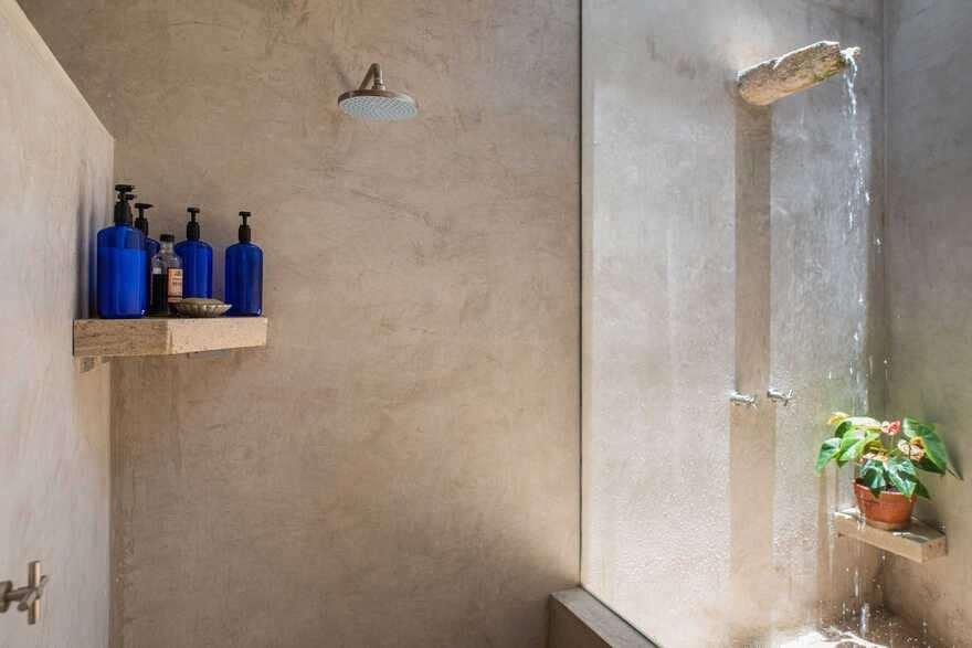 bathroom / TACO Taller de Arquitectura Contextual