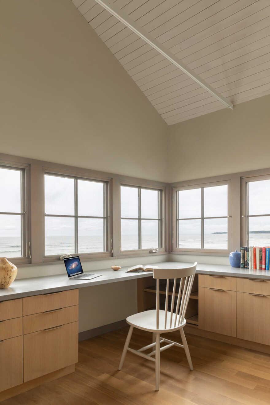 home office, In the Dunes / Caleb Johnson Studio