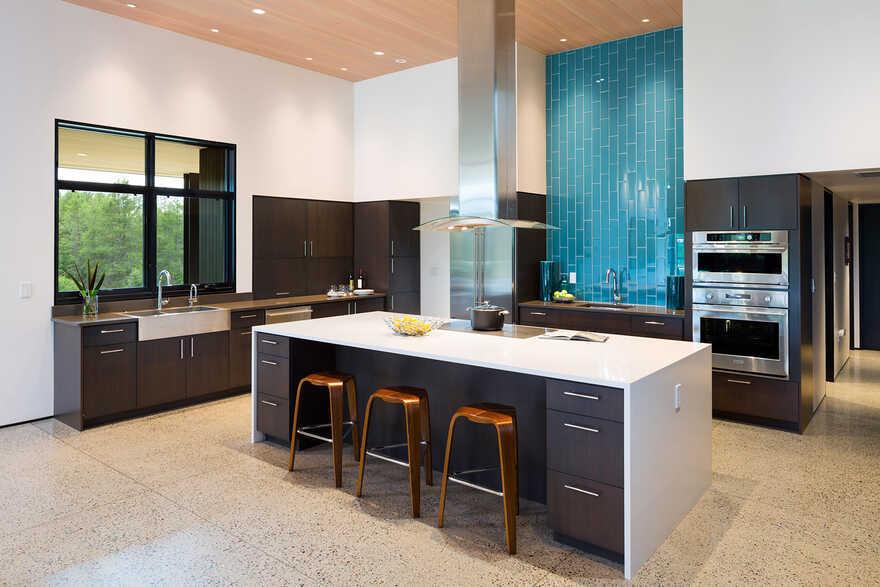 Confluence House, kitchen