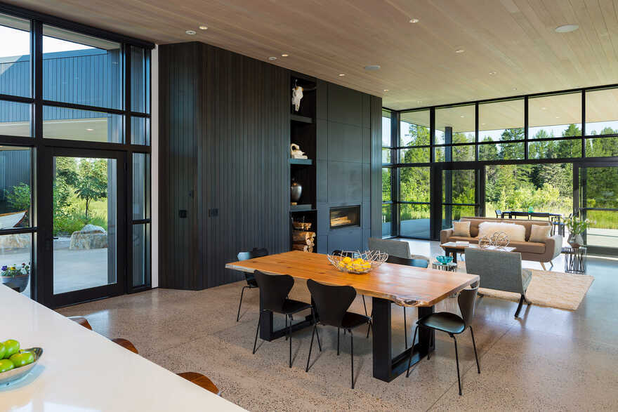 Confluence House, dining room