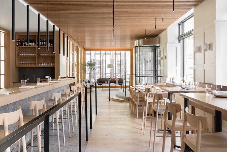 Cortina Restaurant, Seattle / Heliotrope Architects