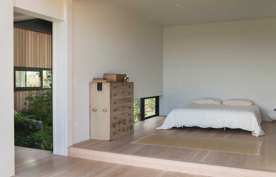 bedroom, Japanese Modernism Meets New Zealand Construction