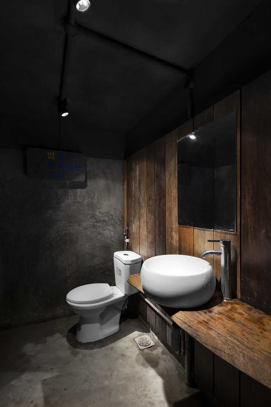 bathroom, Hai Phong, Vietnam / StudioW