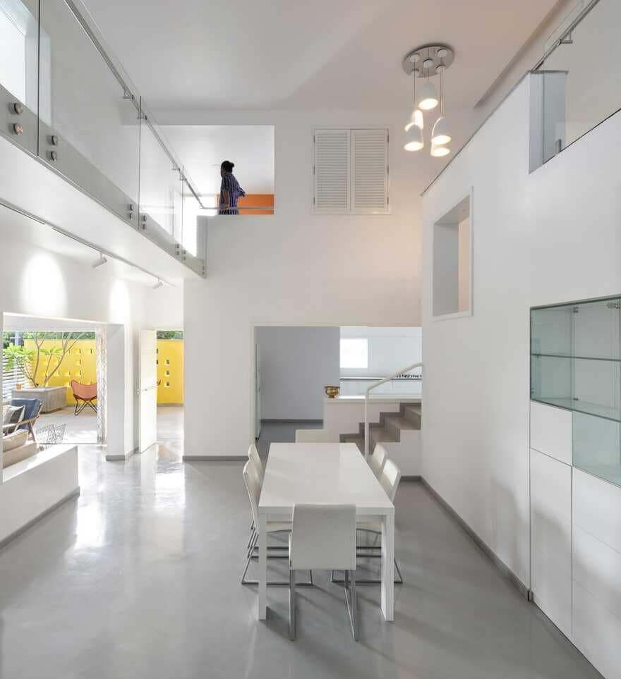dining room, India / Spacefiction Studio