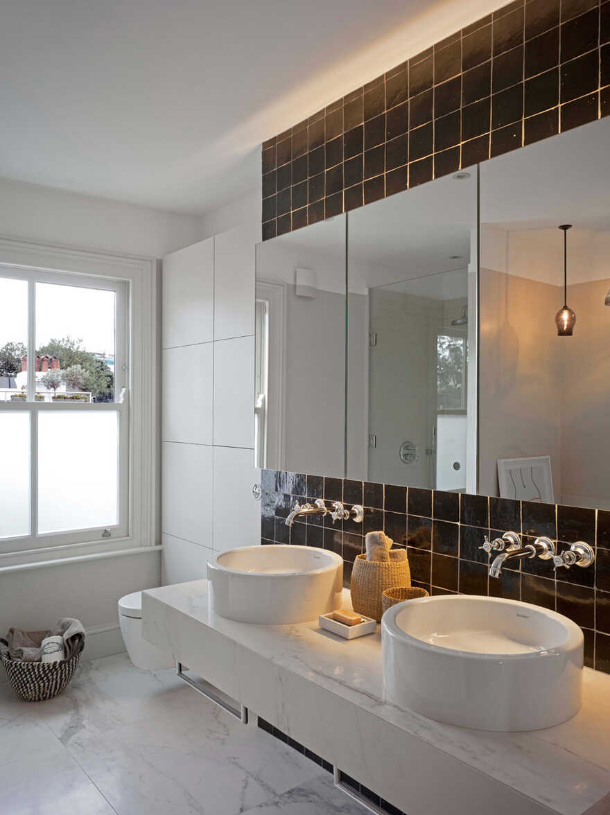 bathroom / The Vawdrey House