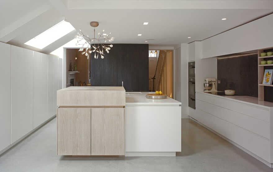 kitchen / The Vawdrey House
