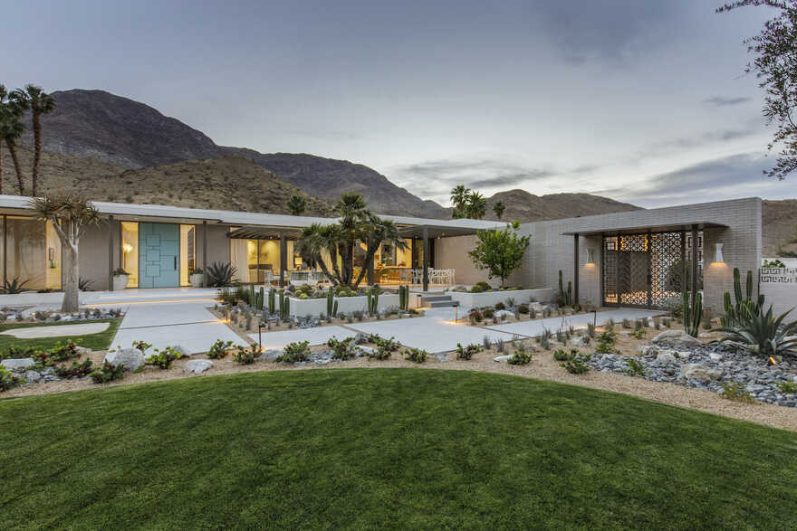 Thunderbird Heights Residence, Updating a Mid-Century Modern Residence Near Palm Springs