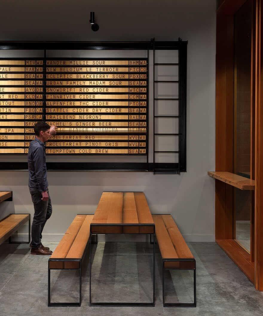 bar, Seattle / Graham Baba Architects