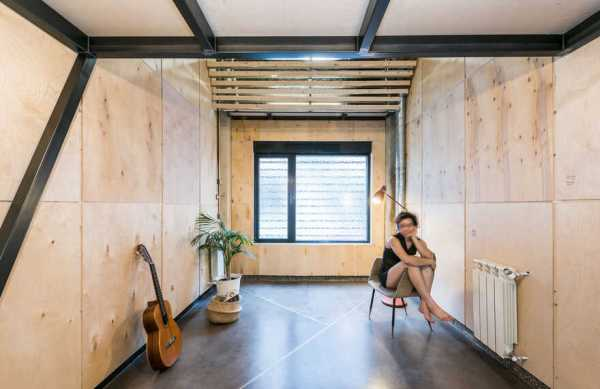 UPHouse in Madrid – a Recycled House into Another House