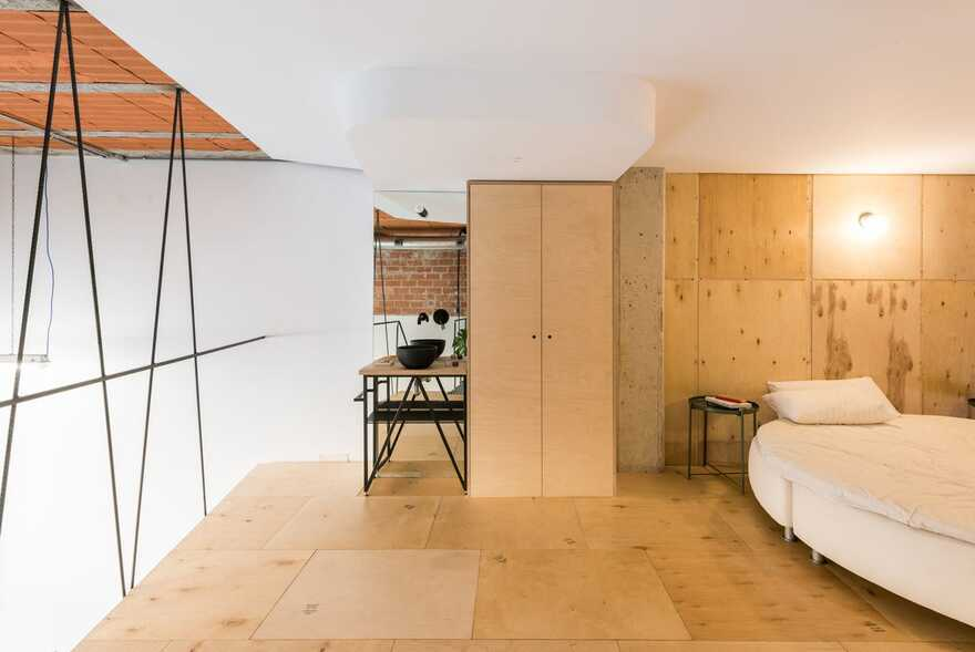 UPHouse in Madrid - a Recycled House into Another House