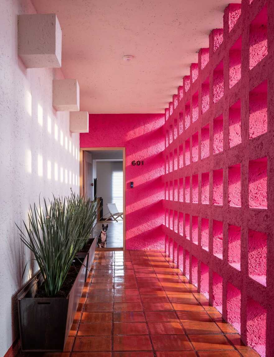 Antigua High-Rise Apartment in Mexico City / Alejandro de la Vega Zulueta