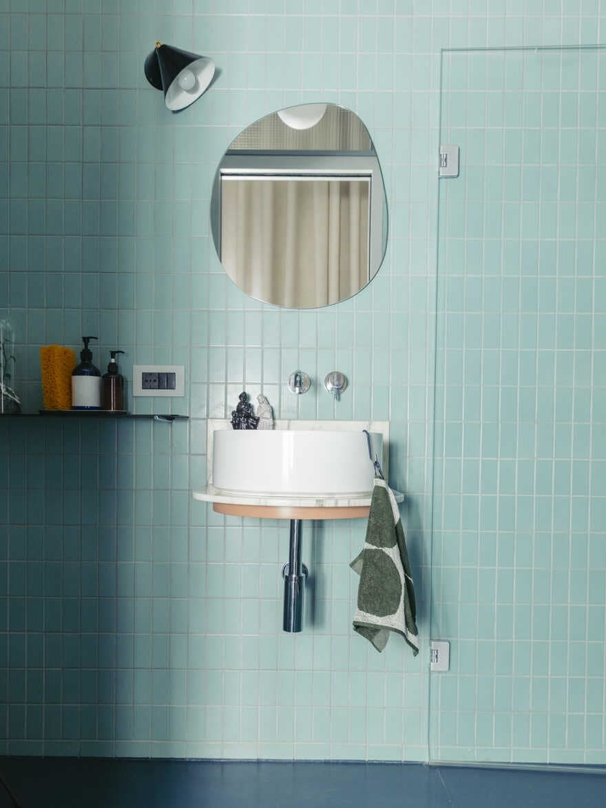 bathroom, Torino / PlaC – Plateau Collaboratif