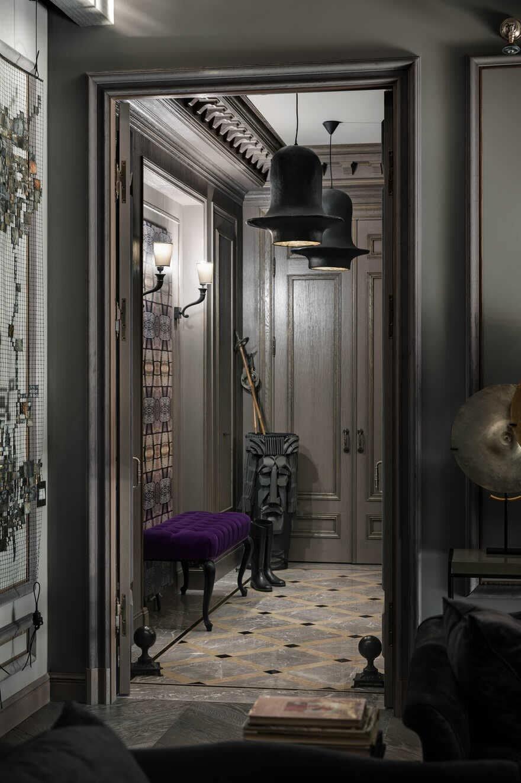 entrance hall, Decoding by Alexandrine Lukach