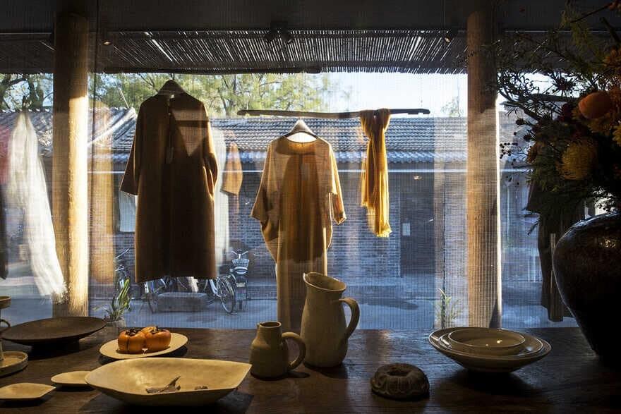Naqu Shuiyue Store in Wudaoying Hutong / Tanzo Space Design