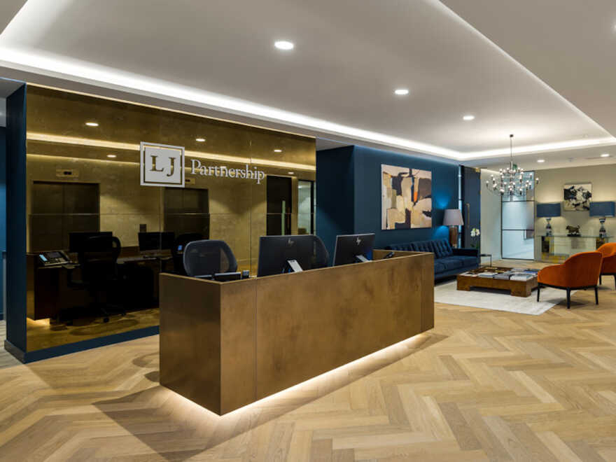 LJ Partnership Office / London Tiling Group