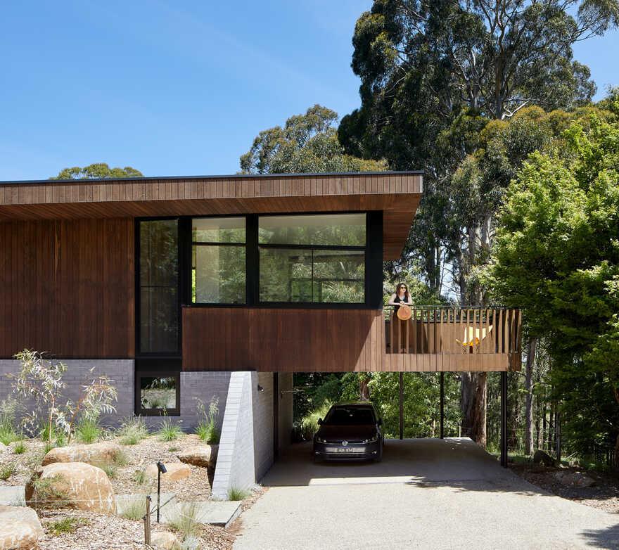 Olinda House / Bent Architecture