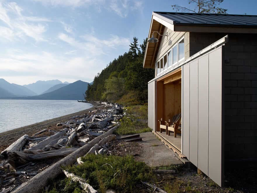 Cottage, Olympic Peninsula, Washington