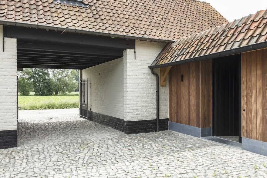 Old Belgian Farm Restored and Modernized by JUMA Architects