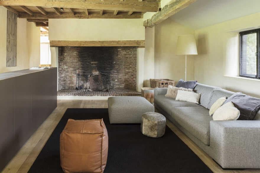 living room by JUMA Architects