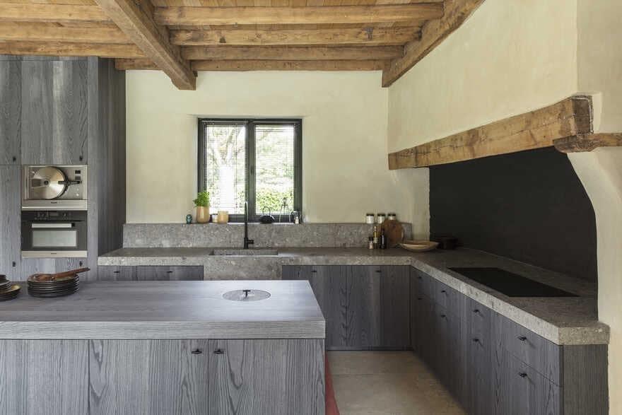 kitchen by JUMA Architects