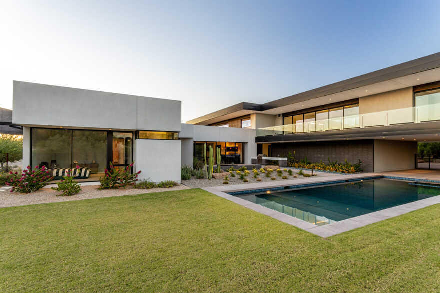 Bridge View Residence / Kendle Design Collaborative