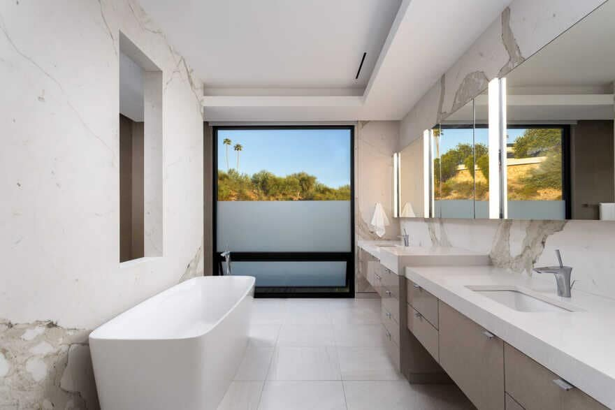 bathroom / Kendle Design Collaborative