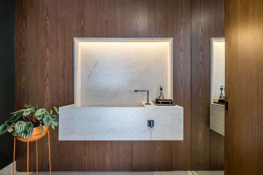 bathroom, Brazil / Mandarina Arquitetura